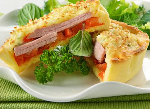 Мини-пирог с тунцом и картофельным кремом