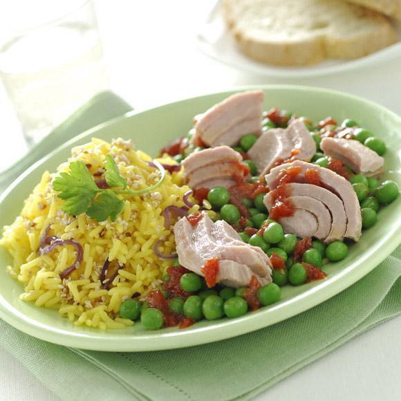 Горох и тунец с ароматным рисом