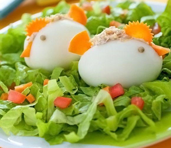 Цыплята из вареных яиц и тунца