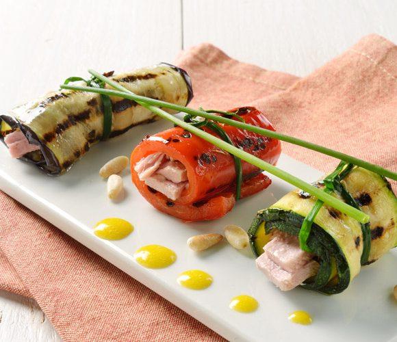 Овощные рулеты с соусом «айоли»
